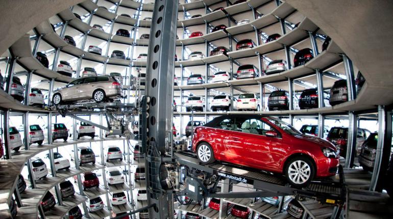 Вконце лета рынок автомобилей Российской Федерации продолжил падение