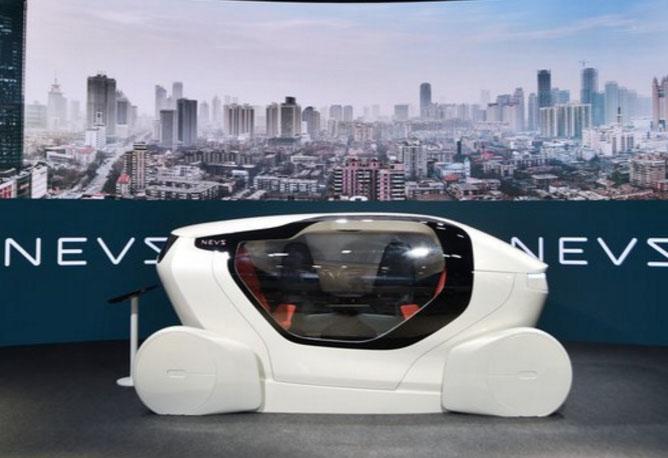 Новые владельцы Saab представили люксовый беспилотный автомобиль будущего