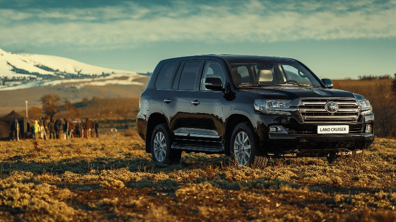 Новый Тойота Land Cruiser Prado рассекретили до премьеры