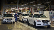GM останавливает конвейер