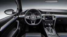 VW_Passat GTE 2015